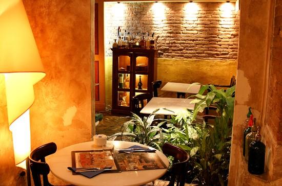 Casa lucio 2 barcelona que se cuece en bcn restaurantes rom nticos para san valentin barcelona - Lucio barcelona decoracion ...