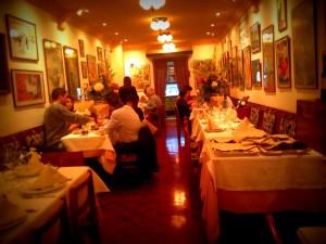 restaurante cafe de paris barcelona que se cuece en bcn restaurantes con encanto marta casals (8)